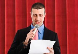 håll föredrag, bli talare